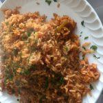 Riz complet aux tomates et épices