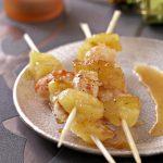 Brochettes de gambas et ananas