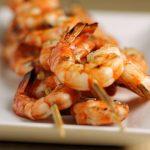 Brochettes de crevettes au barbecue