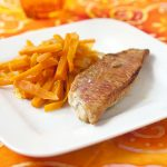 Filets de rougets et carottes glacées au miel