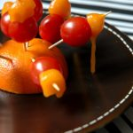 Brochettes tomate coeur de pigeon cheddar