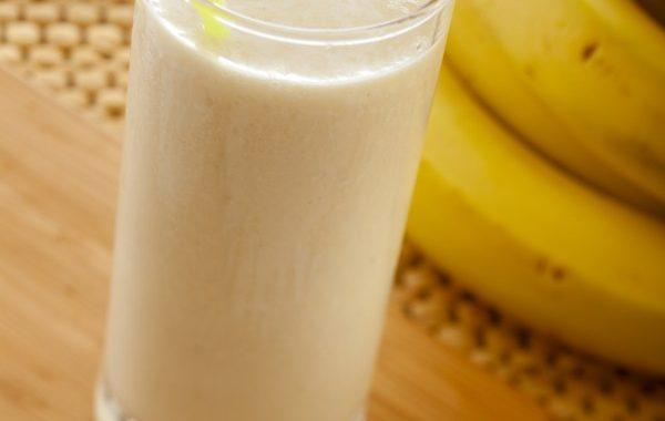 Milk shake à la banane et au fromage blanc