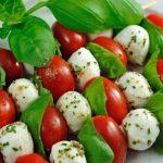 Brochette de tomate cerise et mozzarella