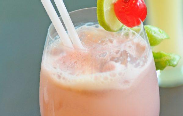 Liqueur de lait aux fraises tagada