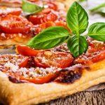 Tartes fines à la tomate et au caviar d'aubergine