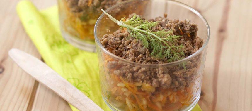 Salade de fenouil et carotte au gingembre, crumble de sésame
