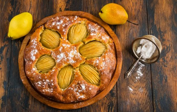 Gâteau aux poires au sirop et pépites de chocolat