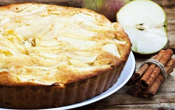 Gâteau Anna (tendre biscuit aux pommes et poires)