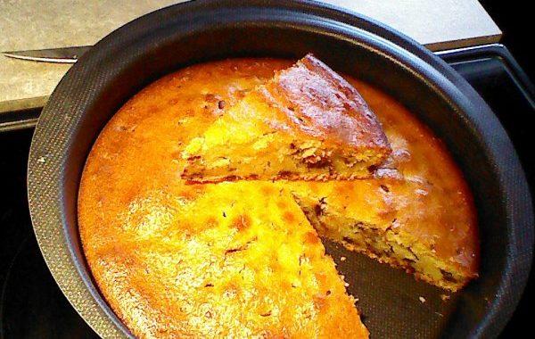 Gâteau au yaourt à la poudre de noisettes & pépites de chocolat