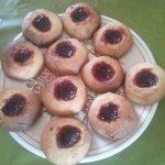 Petits gâteaux à la confiture de framboise