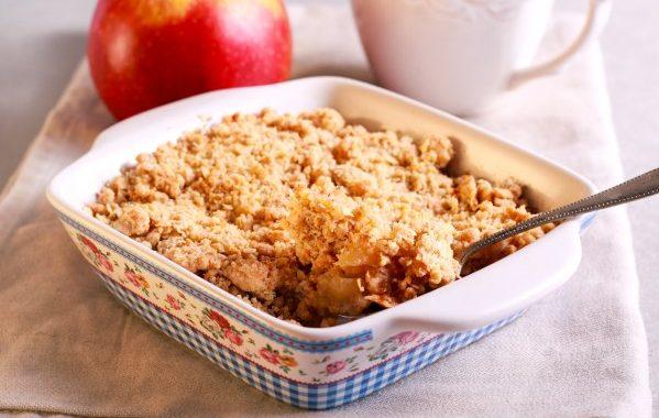 Crumble aux pommes et aux raisins secs
