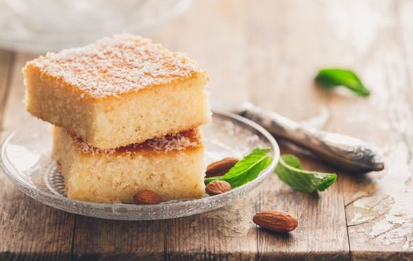 Gâteau de semoule libanais à la rose au Cookeo