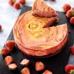 Cheesecake zébré à la confiture de fraises