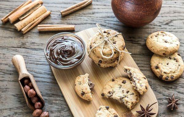 Cookies aux noisettes et aux 3 chocolats