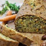 Cake aux carottes et fanes de carottes