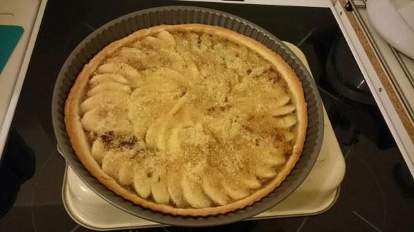 Tarte aux pommes et à la compote de rhubarbe