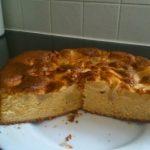 Gâteau moelleux au yaourt aux pommes