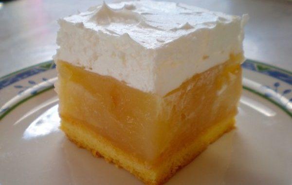 Gâteau bosniaque à la crème de pommes