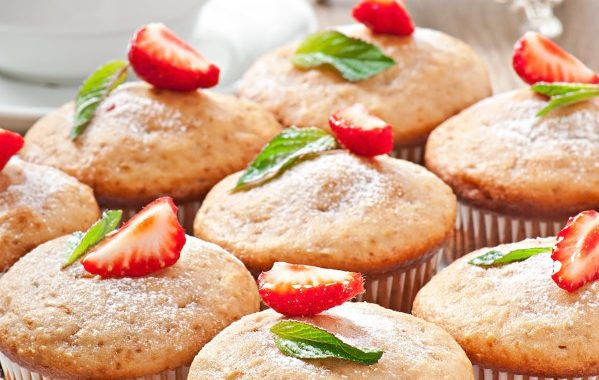 Muffin fraises et éclats de nougatine