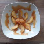 Pommes tièdes au caramel au beurre salé