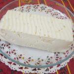 Gâteau paresseux à l'ananas (sans cuisson)