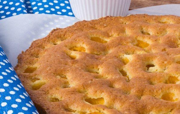 Gâteau au yaourt et aux mirabelles