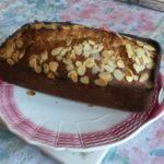 Cake aux amandes, au miel et à la cannelle