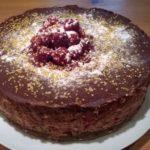 Bavarois chocolat et framboise fraiche sur craquelin chocolat