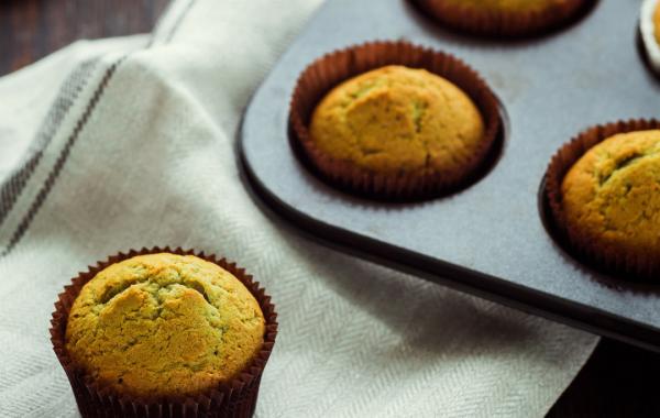 Muffins aux nashis et thé matcha