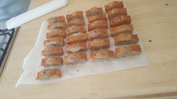 Cake au yaourt, framboise et amande