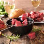 Fondue bourguignonne et sauces d'accompagnement