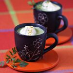 Cappuccino de petits pois, chantilly au curry