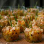 Scampis sur lit de salade exotique