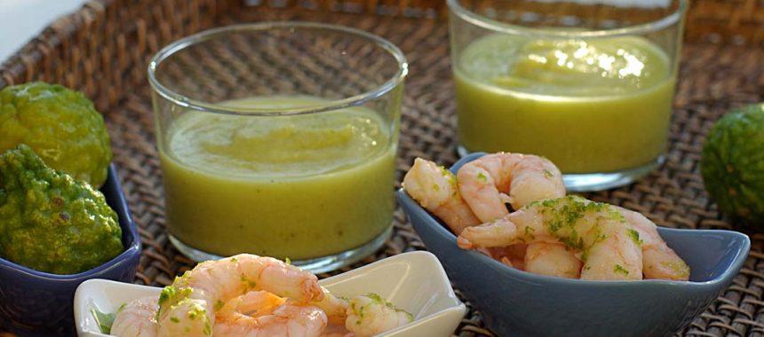 Verrine de crème de courgette au curry, crevettes marinées au zeste de citron vert
