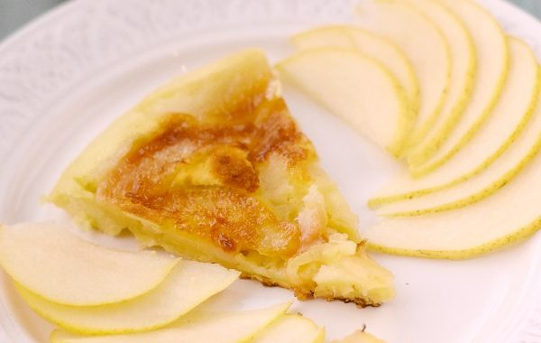 Gâteau à la poire à la poêle