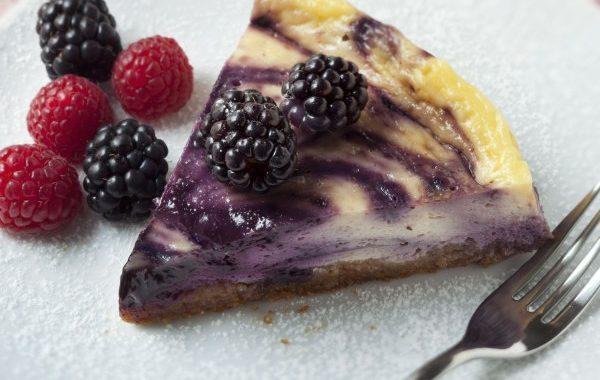 Cheesecake marbré aux myrtilles