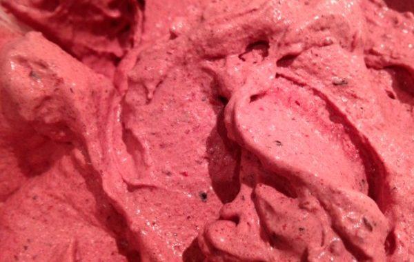 Crème glacée aux fruits rouges express