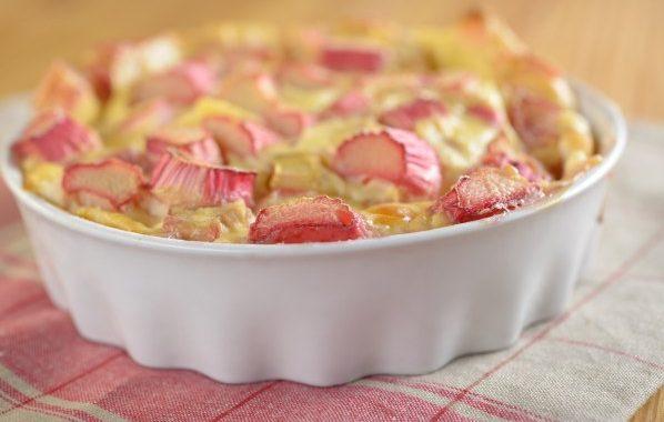Gâteau soleil à la rhubarbe