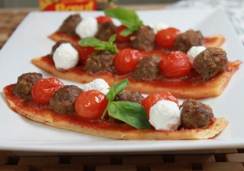 Pizzetta boeuf, tomates et chèvre