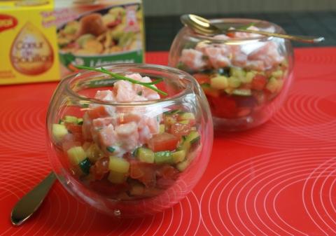 Verrine de courgette et tomate, tartare de saumon