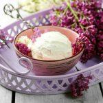 Sorbet au chocolat blanc et violette