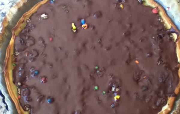 Tarte chocolat beurre de cacahuète et m&m's