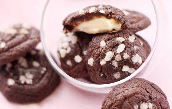 Chouquettes chocolat fourrées à la crème pâtissière