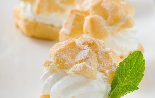 Crème légère pour Saint-Honoré et choux