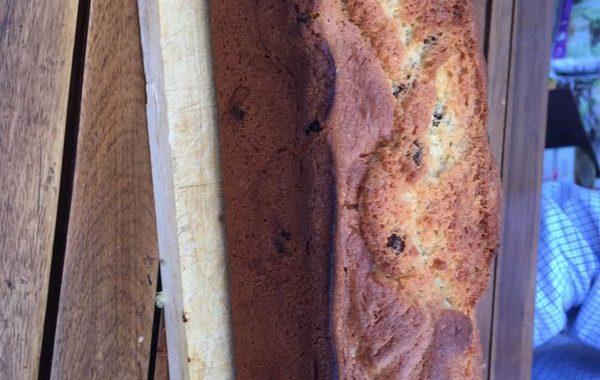 Cake aux raisins et aux fruits confits