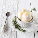 Crème glacée au romarin