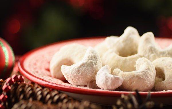 Biscuits de Noël aux noisettes (Nüsskipfel)