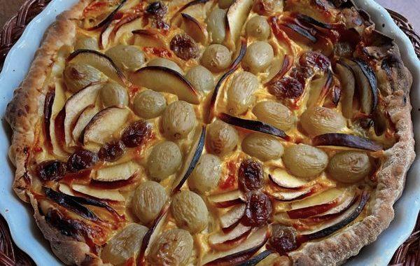 Tarte feuilletée aux raisins et figues