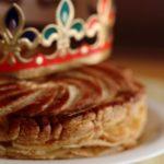 Galette des rois à l'ananas et chocolat au lait