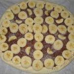 Pizza au chocolat et aux fruits